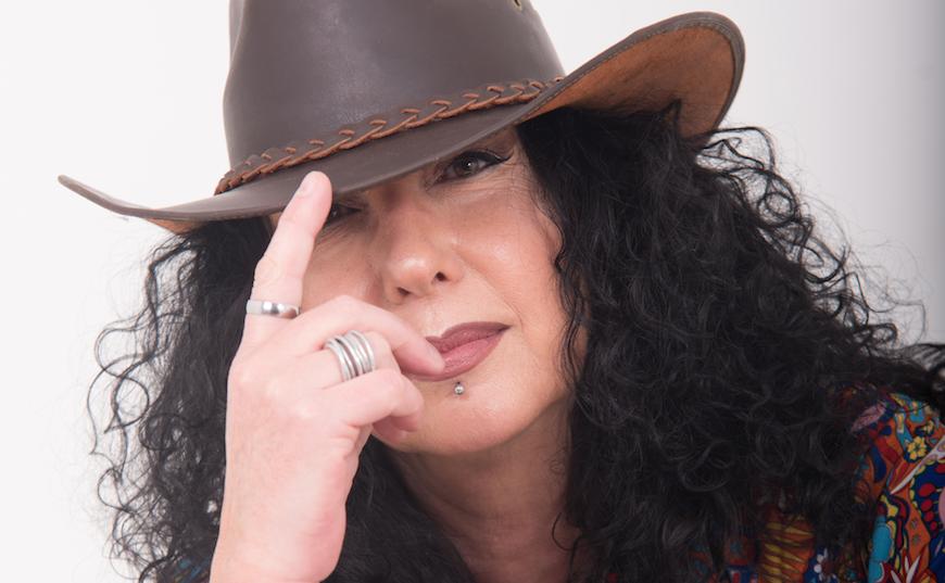 """Silvia Conti: un nuovo brano, un nuovo incrocio, una """"vecchia"""" direzione"""