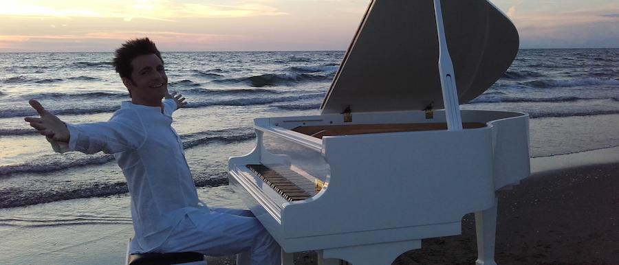 IPPOLITO: un pianoforte per il grande pop italiano